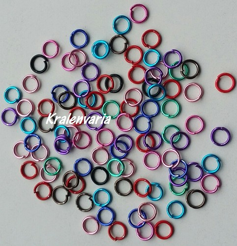 Metalen ringetjes mix 5 mm en 0,7 mm dik Multicolor