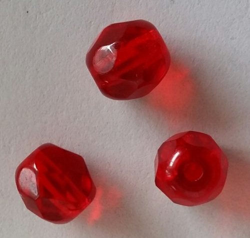 Glaskraal facet  geslepen 6 mm Rood