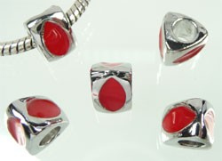 Pandora-style metalen  driehoek met epoxy 10X8 mm Rood